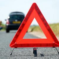 Знак аварийной остановки: вовремя предупредить и обезопасить