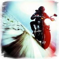 Средства защиты: безопасная езда на мотоцикле, скутере и велосипеде