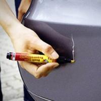 Чем удалить царапины на автомобиле?