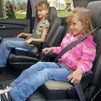 Подушки детские Бустер: безопасность и комфорт ребенка в машине