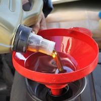 Замена масла в двигателе: азы основного ТО силового агрегата