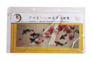 Коврик на панель приборов универсальный противоскользящий 400х160 с рисунком рыбы и сакура ART8207