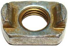 Гайка ВАЗ-2110 опоры двигателя правой 2110-1001237