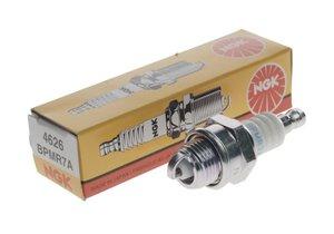 Свеча зажигания NGK BPMR7A (газонокосилка,бензопила) 4626, BPMR7A